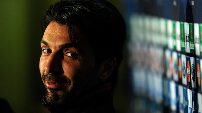 Buffon quer silenciar adeptos do Celtic Park