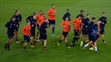 Olympiacos players train